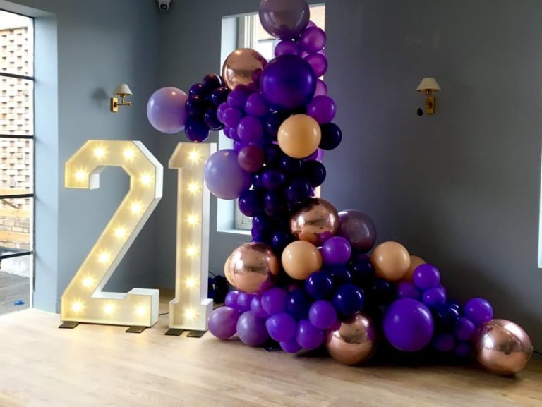 giant light up birthday numbers 21. Happy 21st. Balloons. Balloon arch. Giant 21 numbers